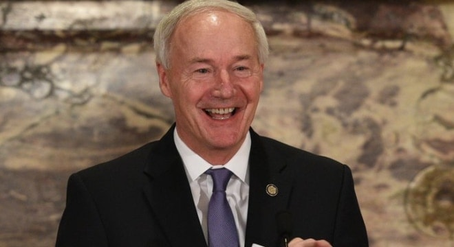 Arkansas Governor weighs in on open carry in the state