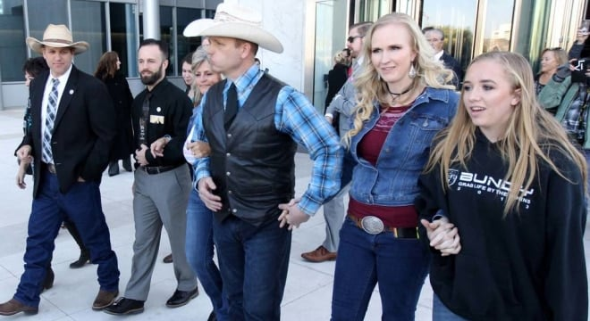 Carol Bundy, from left, Ammon Bundy, Ryan Payne, Jeanette Finicum, Ryan Bundy, his wife, Angie, and his daughter, Jamie, walk out of the Lloyd George U.S. Courthouse on Wednesday, Dec. 20, 2017, (Photo: K.M. Cannon/Las Vegas Review-Journal)
