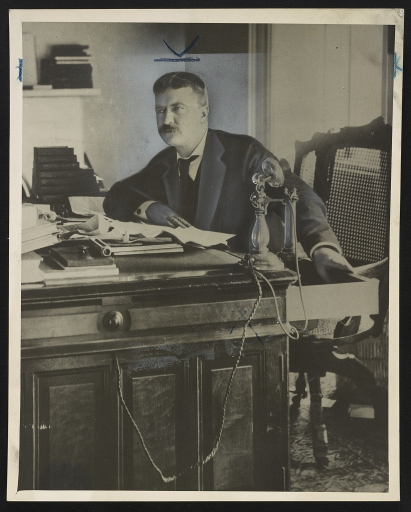 Theodore Roosevelt when he was a New York police commissioner (Photo: LOC)