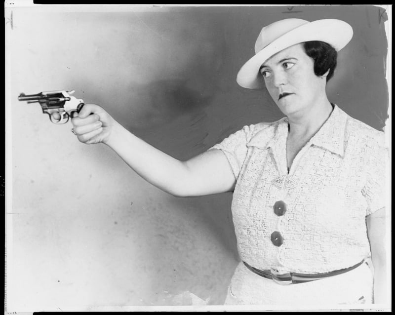 """Deadshot Mary Shanley,"" a plainclothes New York City detective, photographed in 1937. Note the .32 Colt Detective and 1930's-era trigger discipline (Photo Library of Congress)"