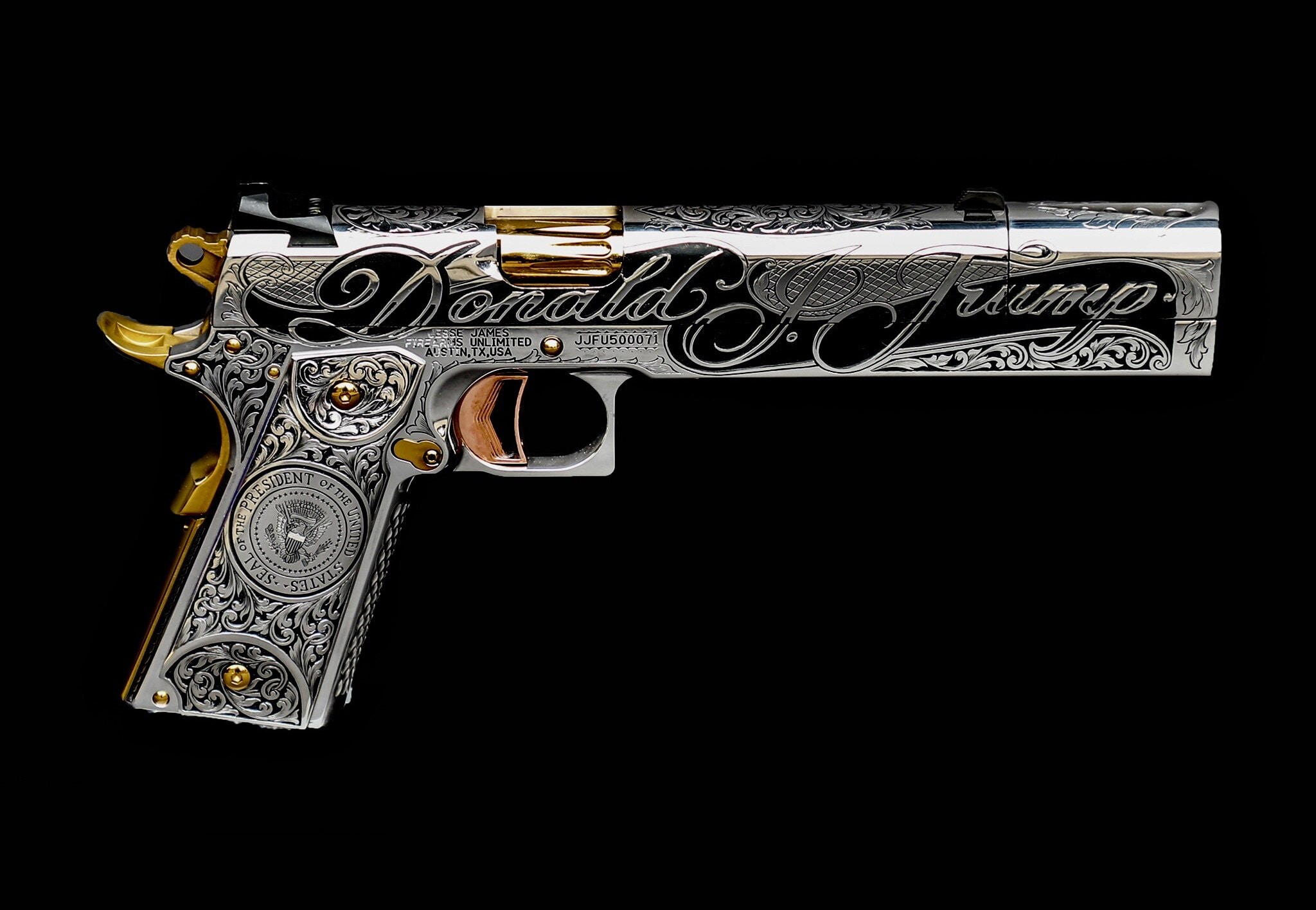 The custom made Trump Gun by Jesse James. (Photo: Jesse James Firearms Unlimited)