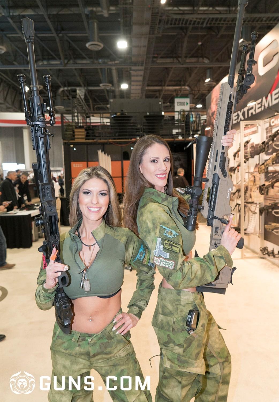 Emili Joi & Tacgirl Kasandra with CADEX. (Photo: Ben Philippi/Guns.com)