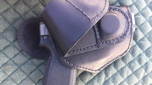 holster magnetic belt flaps