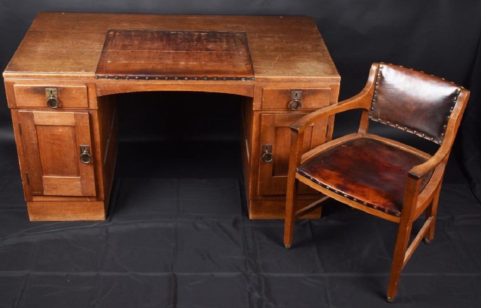 """Hitler's """"Million Dollar Desk."""" (Photo: Milestone Auctions)"""