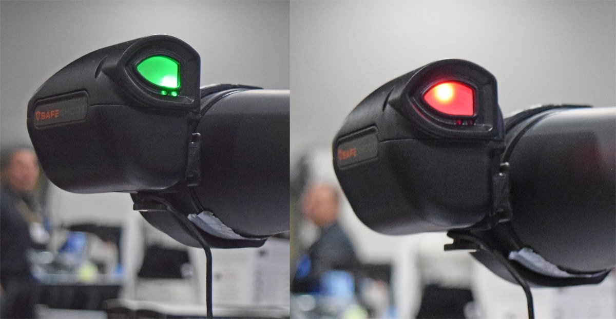 "In case you're unclear about the suggested meaning behind green and red, the green light, left, means ""fire"" and the red means ""don't fire."" (Photo: Daniel Terrill/Guns.com)"