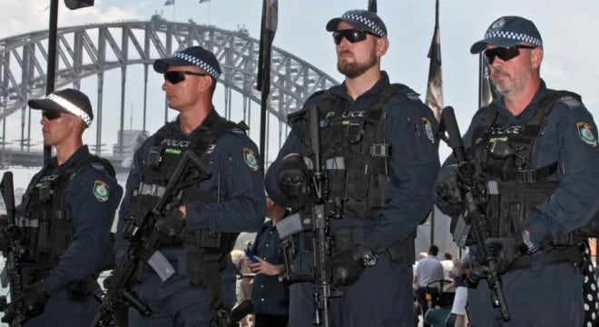 New South Wales Public Order and Riot Squad officers with Colt M4 carbines (Photo: AAP via The Sydney Morning Herald)