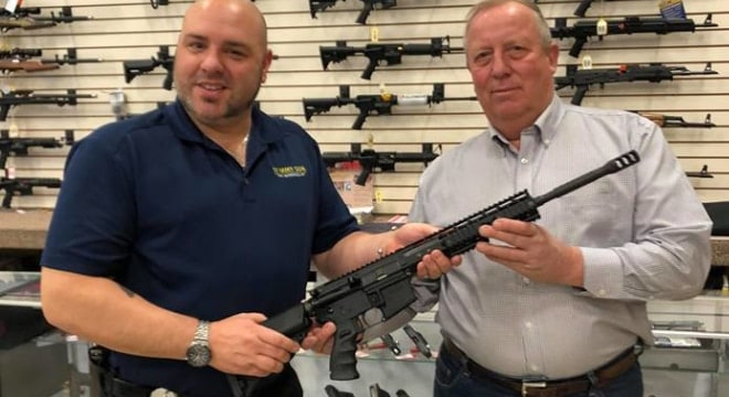 The Tommy Gun Warehouse in Greely, Pa sold Kahr's first Thompson AR-15 rifle to Don Quick, the acting chief of police for Milford PD, last December. (Photo: TGW)