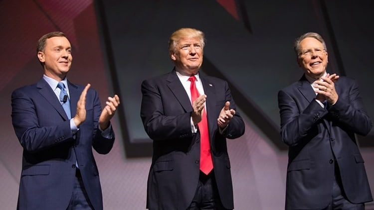 NRA head lobbyist Chris Cox, left, President Trump and NRA CEO Wayne LaPierre posing during the group's 2017 meeting in Atlanta. (Photo: NRA-ILA)