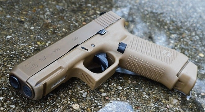 Gun Review A Review Of Glock S Coyote Crossover Commando The G19x