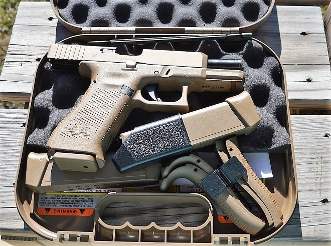 Gun Review: A review of Glock's coyote crossover commando