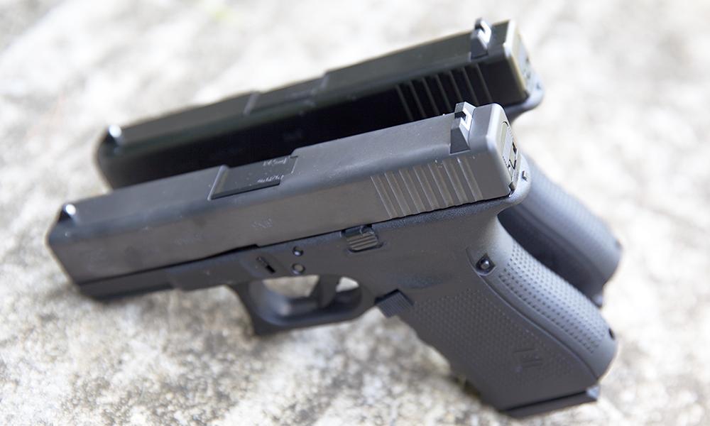 comparison of the different looks between gen 4 and gen 5 2 glock 19 pistols
