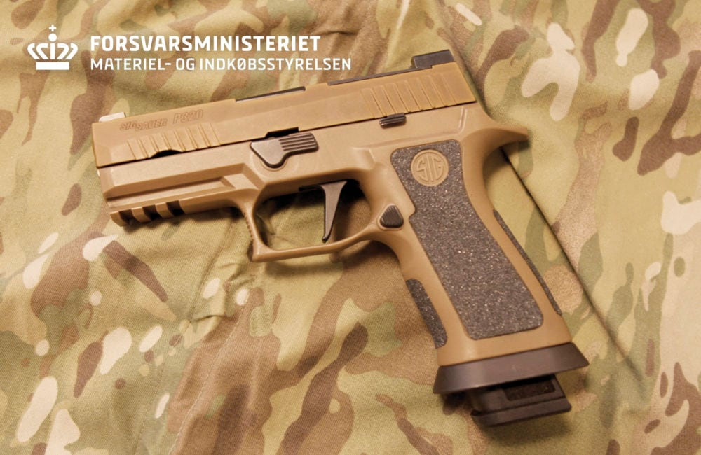 Denmark chose the Sig P320 X-Carry to replace the Sig P210 pistols they have used for the past half-century. The latter of which in turn replaced the M1910/21 Bergmann and Lahti M40 handguns in 1949 (Photo: Danish Ministry of Defense)