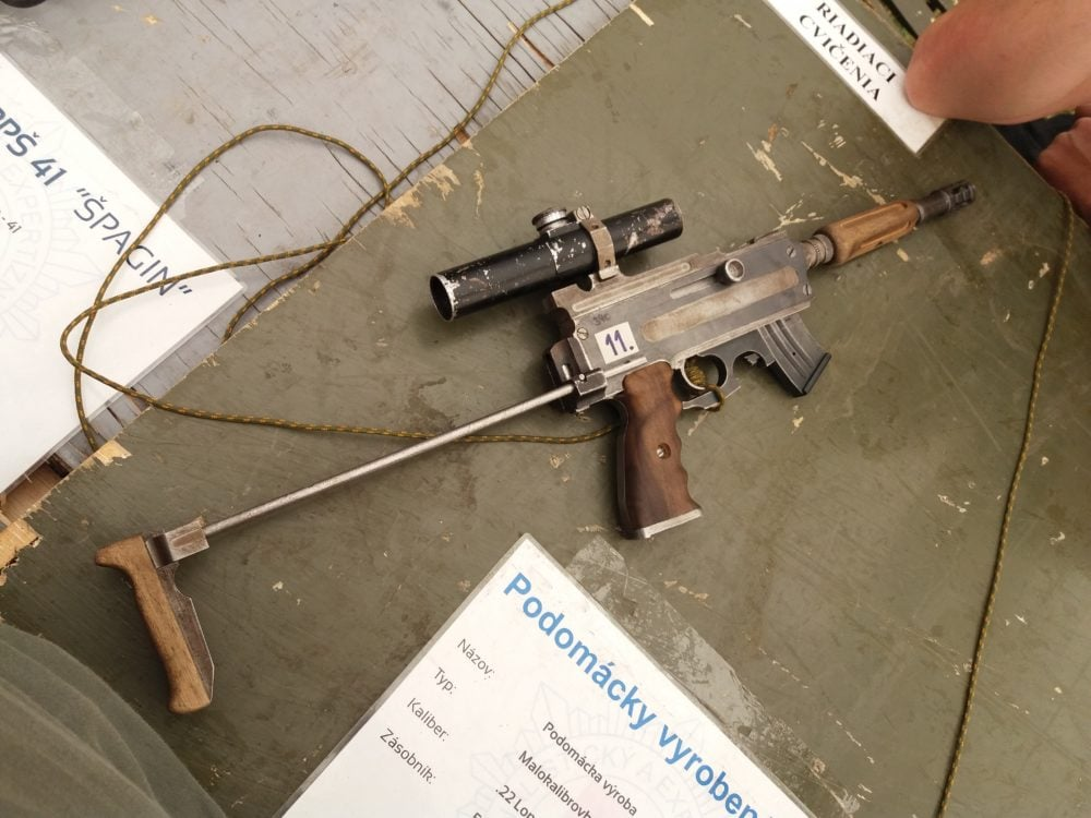 From Central Europe hails an over-engineered DIY pipe rifle (PHOTOS