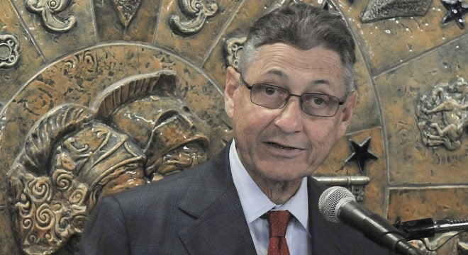 Sheldon Silver (Photo: MTACC) https://www.flickr.com/photos/mtacc-esa/6162420311/