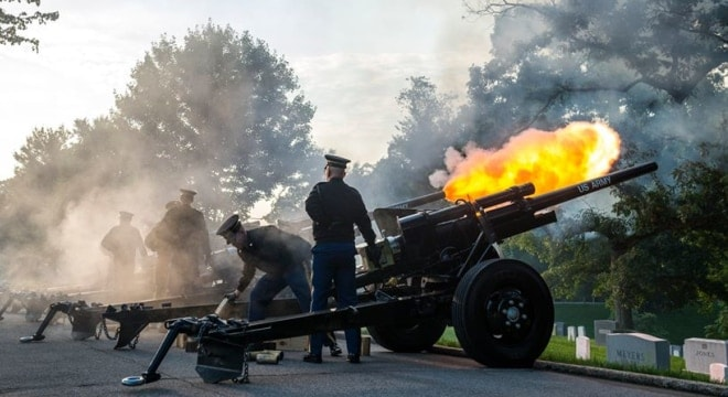 m337a2 1 lb black powder saluting charges from presidental saluting battery old guard cannon howitizers