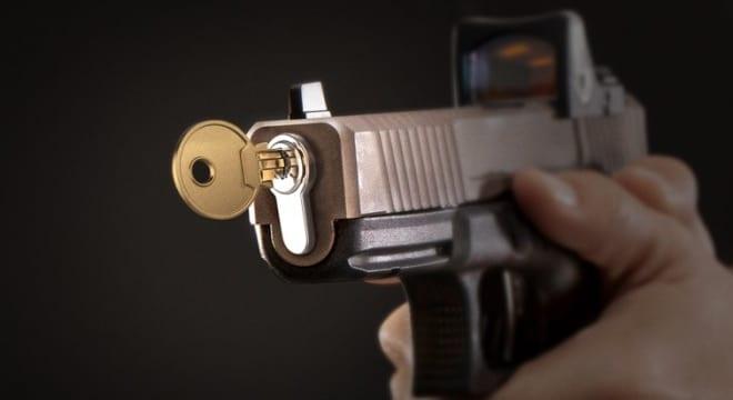 Gun owners sue city over mandatory gun lock law