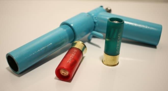 Testing an experimental DIY 12-gauge pistol (VIDEOS)