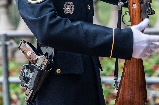 m17 gun at tomb of unknown soldier