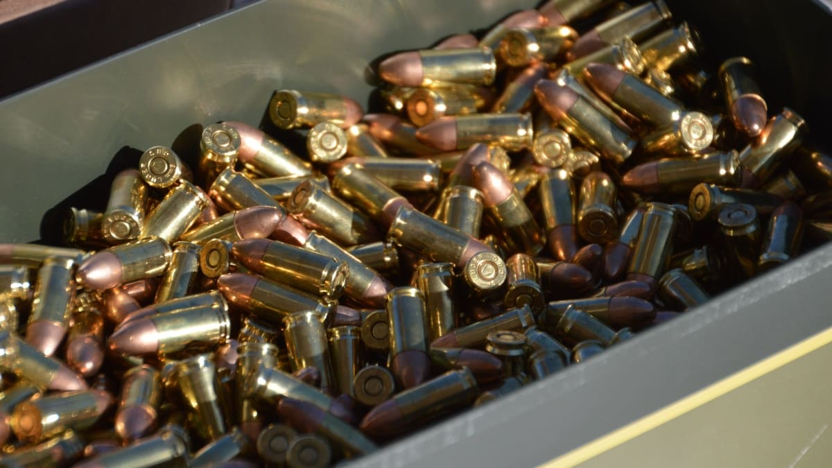 California gun stores see a run on ammo before new laws kick in (VIDEO)