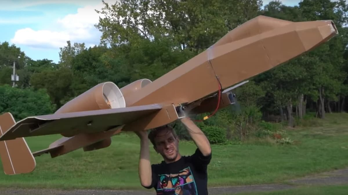 How about a giant RC A-10 Warthog with a working airsoft cannon (VIDEOS)