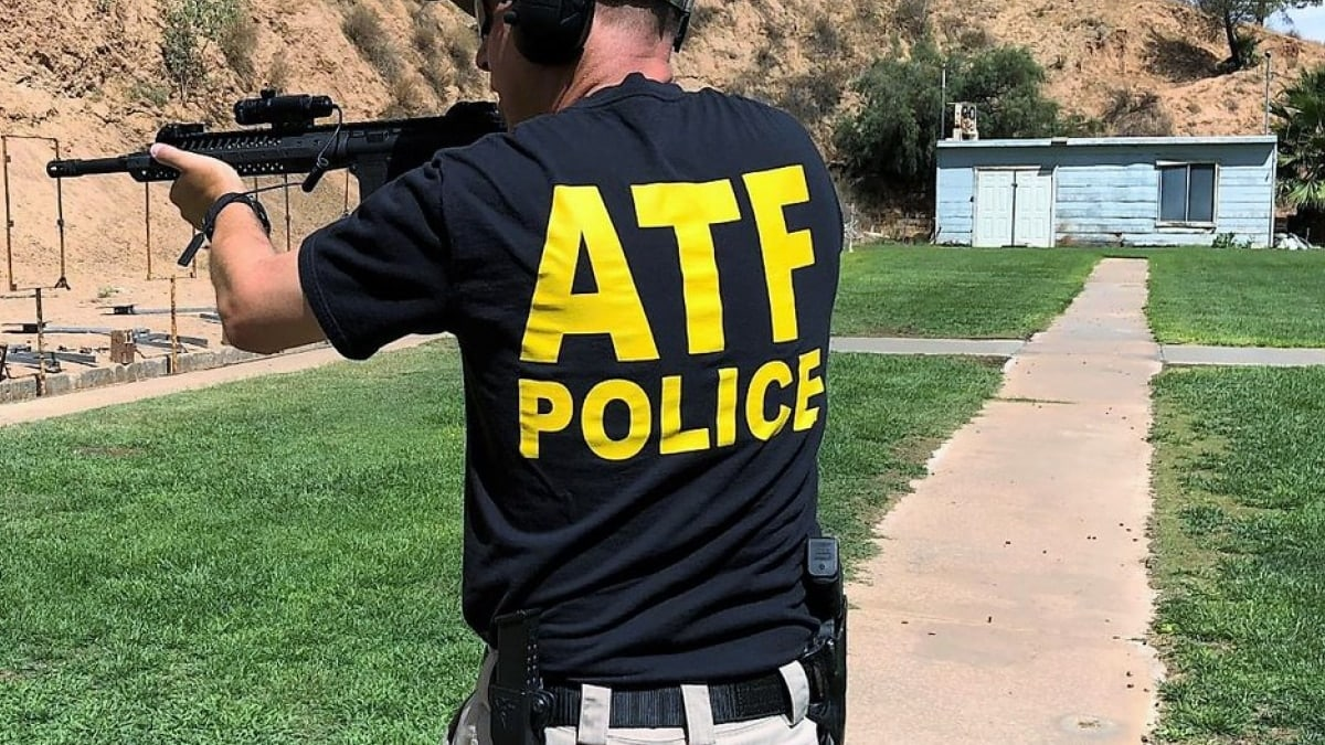 M4, Glock stolen from ATF vehicle in Oakland