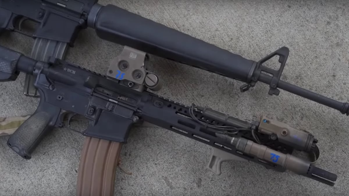 Running a classic M16A1 against its more modern descendant (VIDEO)