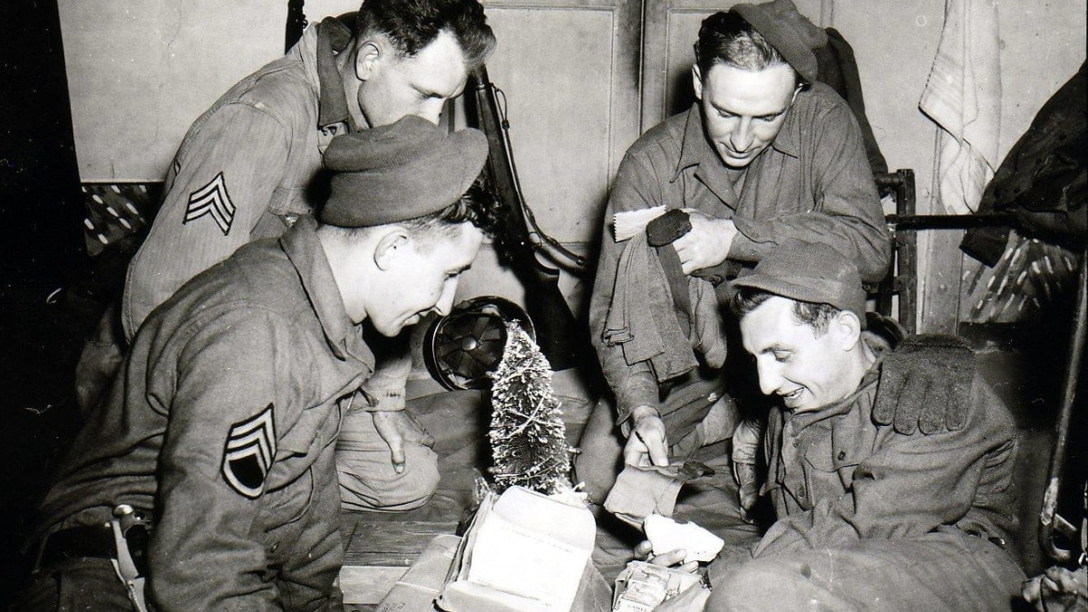 With the troops for Christmas through the years (PHOTOS)