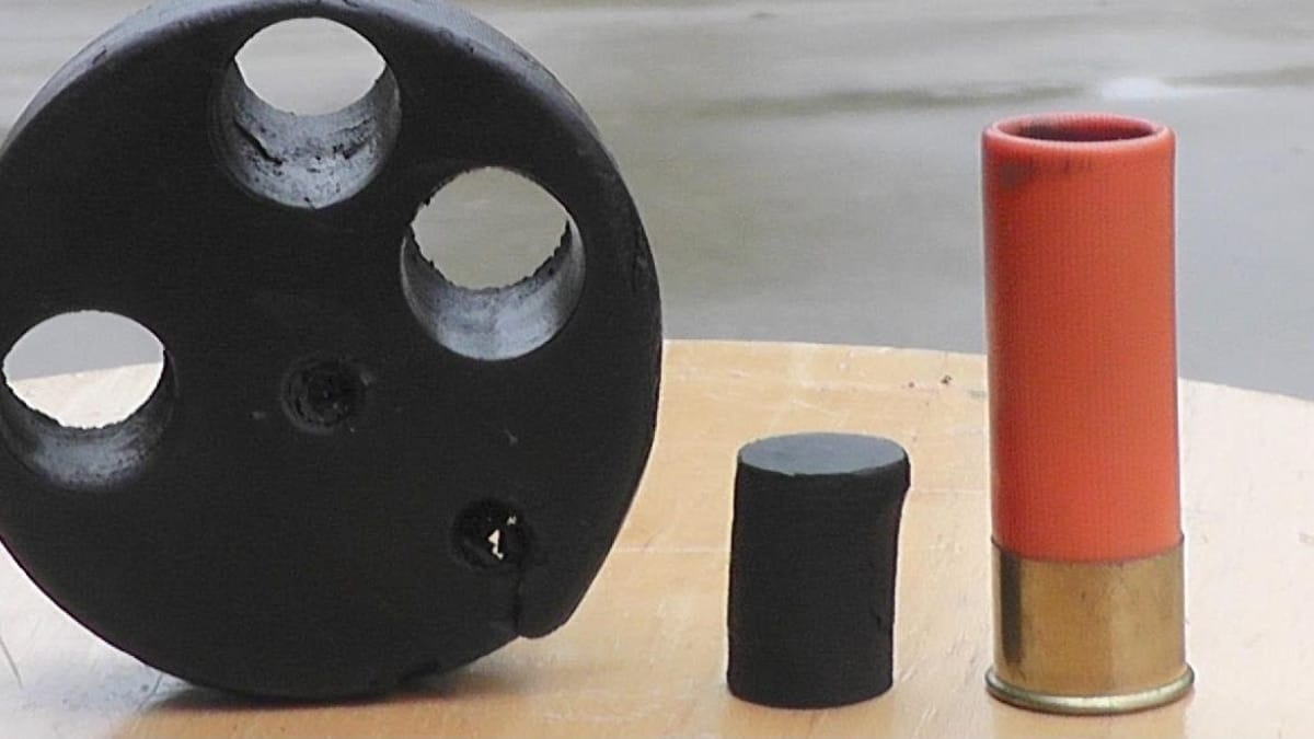 The best way to use a hockey puck in self-defense: 12 gauge (VIDEO)
