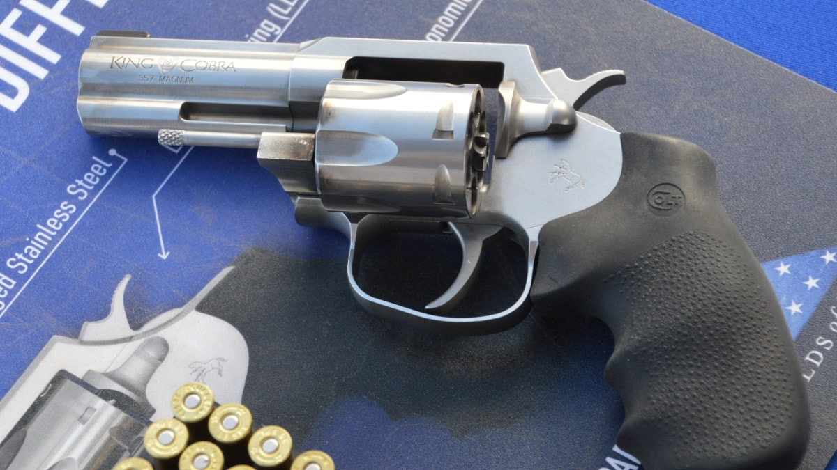 Rebooted snake gun gets a work out: The new Colt King Cobra at SHOT (VIDEO)
