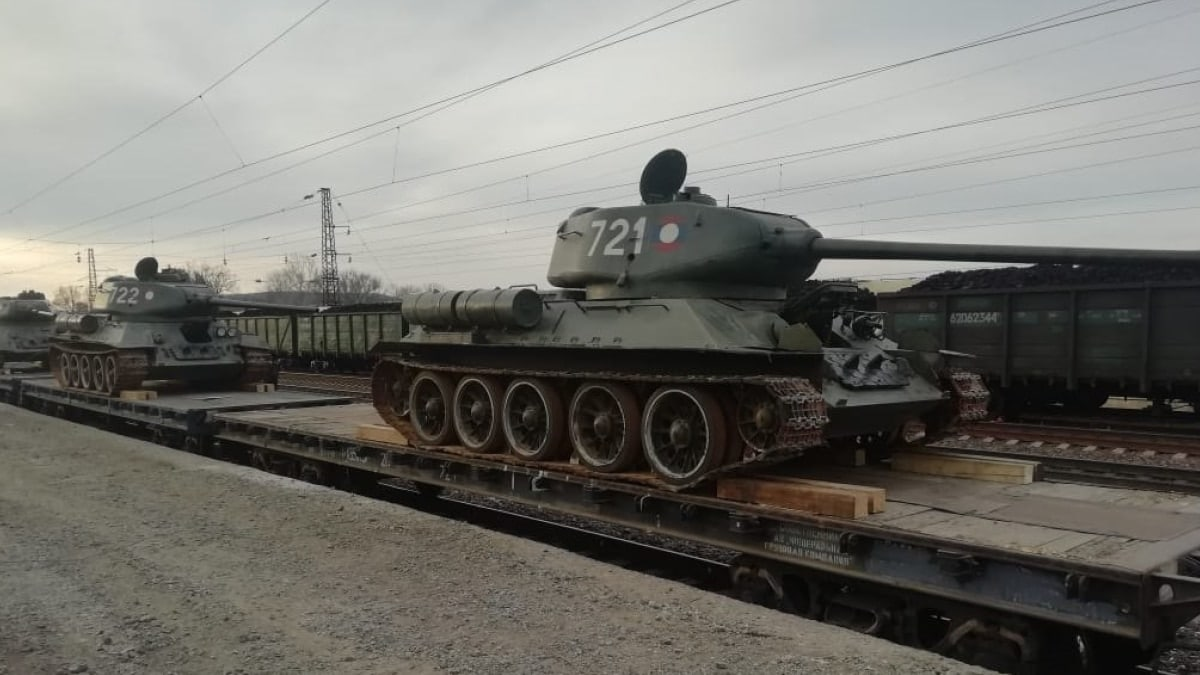 Russia repatriates 30 vintage T-34 tanks back from Laos (VIDEO)