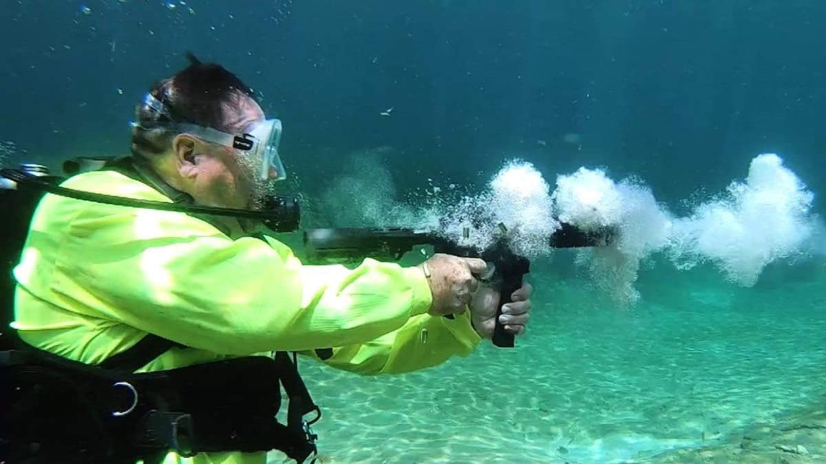 By Neptune's beard! Doing the AR underwater workout (VIDEO)