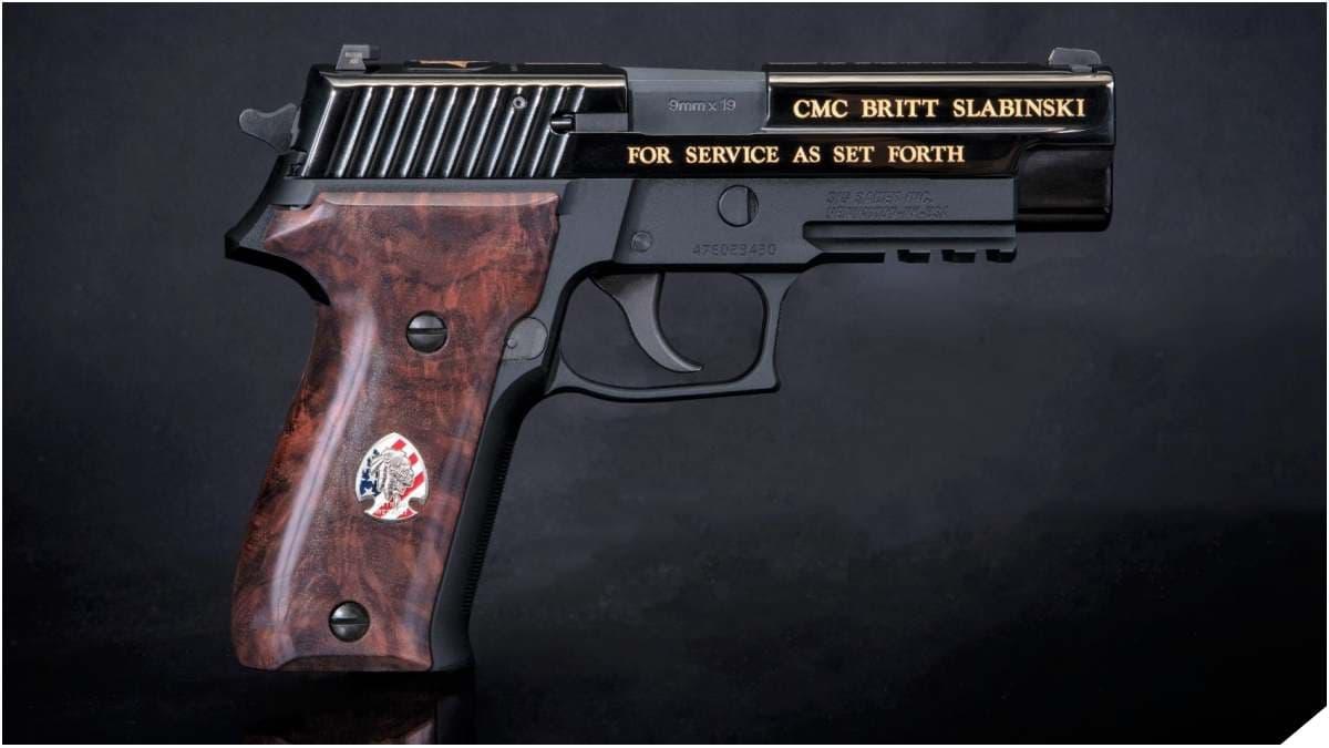 Slabinski engraved MK25 pistol