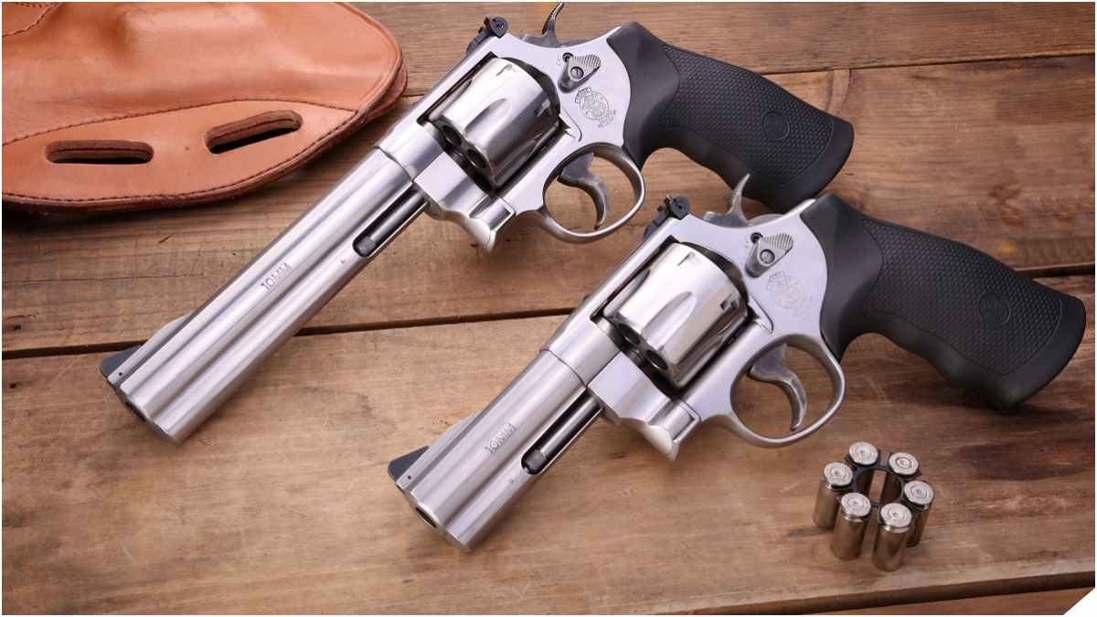 Smith & Wesson Model 610 10mm revolvers