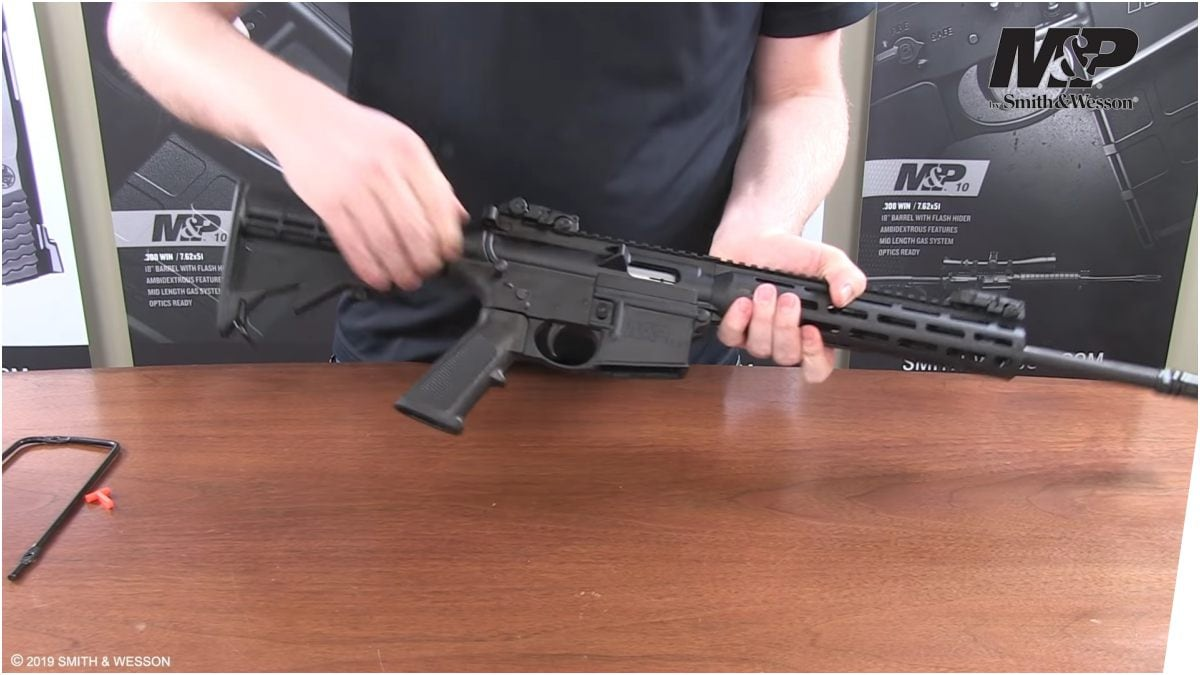 Safety alert on Smith & Wesson M&P15-22 firearms (VIDEO)