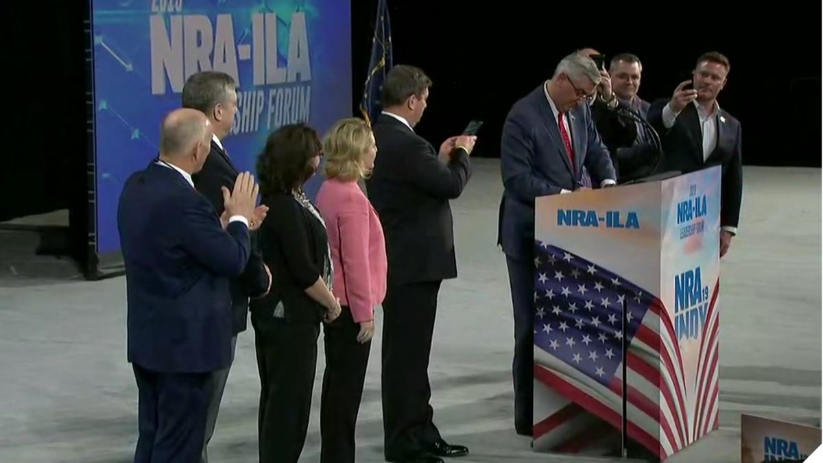 Indiana Governor Signs Pro-Gun Bill at NRA Event (VIDEO)