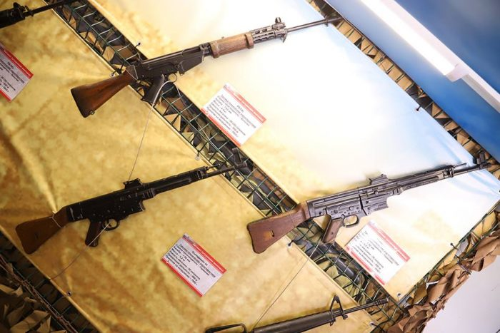 German STG44s and FALs in Russian Syrian train