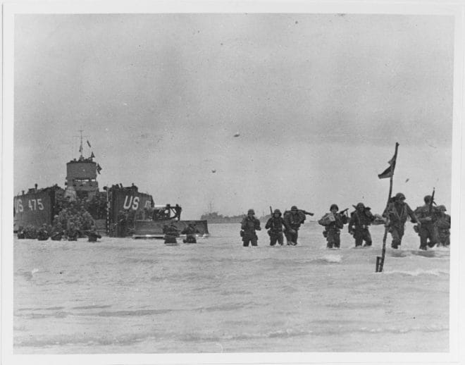 U.S. troops land on Utah Beach from USS LCT-475, 7 June 1944. US Army Photo National Archives SC 190405