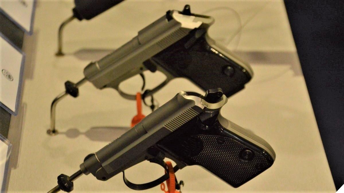 Vermont Governor Scraps Handgun Waiting Period Bill :: Guns com