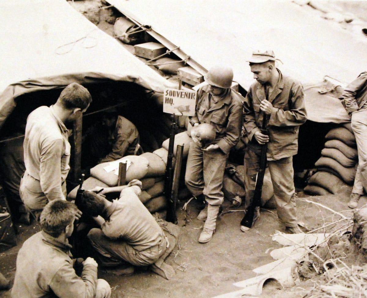 127-GW-304-115709 Battle for Iwo Jima, February-March 1945. Souvenir Headquarters D-2 NARA trophies Arisaka