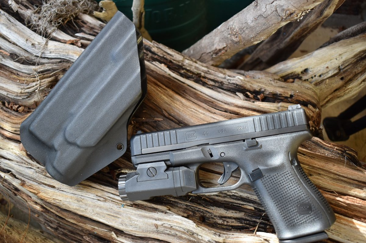 The G44 uses regular G19 holsters and carries the same accessory rail.