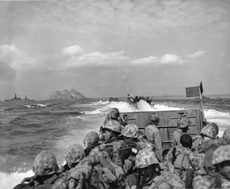 Soldiers inbound Iwo Jima