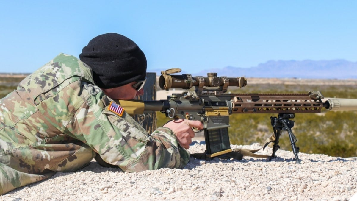 Fort Bliss Alpha Company 4-17 Infantry Battalion, 1st Stryker Brigade Combat Team, 1st Armored Division Squad Designated Marksman Rifle SDM-R Jan. 25 2019 HK G28 sig 1-6x24mm Tango6 (2)
