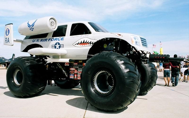 Second Amendment Screaming Vehicles miramar air show
