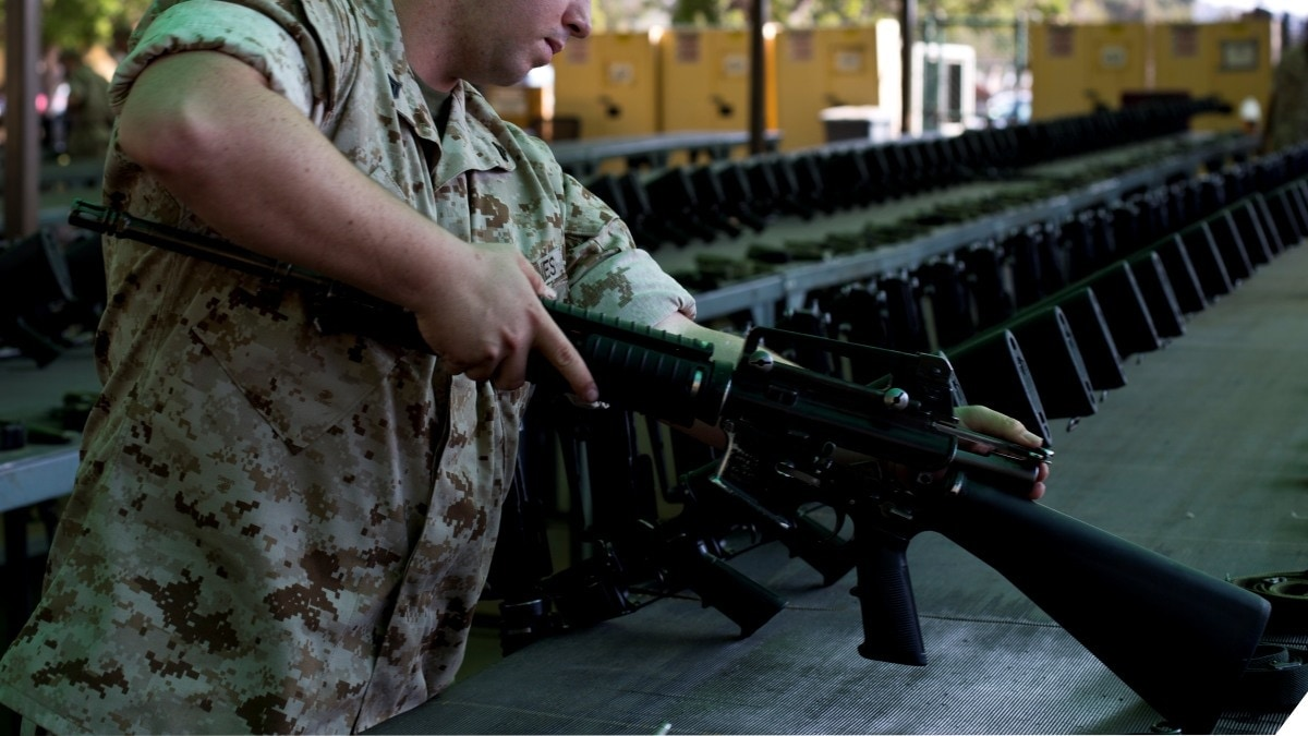 U.S. Marine Corps small arms technician with the Armory, Service Company, Headquarters and Service Battalion, inspects an M16A4 rifle at Marine Corps Recruit Depot San Diego, Calif., Oct. 25, 2016. (Photo: USMC)
