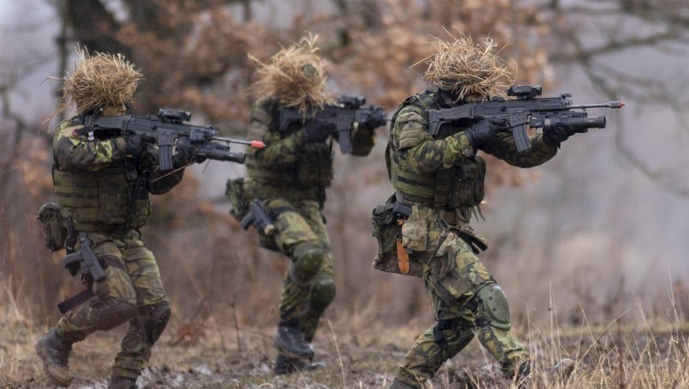 Czech Army troops with CZ BREN P-10 grenade launchers