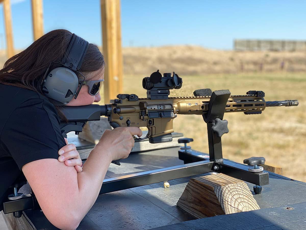 LWRC IC DI Shooting